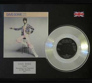 David Bowie: Framed Discs - Silver Single - Fame